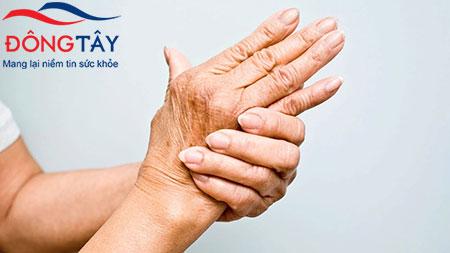 Bệnh tê tay chân ở người tiểu đường: Nguyên nhân và cách điều trị