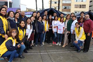 """Hoy jueves 25 de mayo, la Universidad San Ignacio de Loyola (USIL), a través de la Vicepresidencia de Responsabilidad Social (VPRS), participó del lanzamiento de la Campaña """"Un abrigo, una sonrisa"""" a la Municipalidad Metropolitana de Lima, entidad organizadora que entregarán las donaciones."""