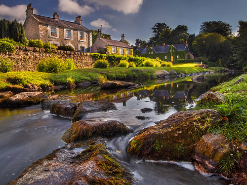 fairyglen rostrevor kilbroney river stream steppingstones flow morning sunshine light early countydown ulster northernireland alanhopps canon 80d 1022mm wideangle landscape water village reflection