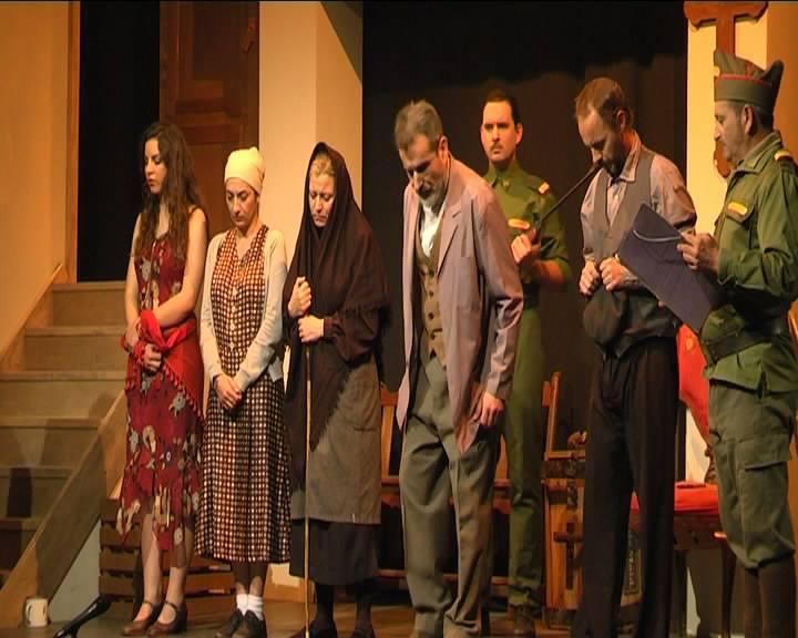 Amalgama Teatro Los Santos representación en lengua de signo para la Hermandad del Rocío de Montequinto