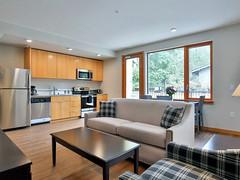 Park East Apartments & Townhomes   Bellevue.com