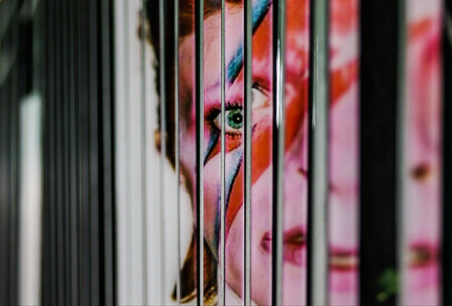 David Bowie Gate Illusion: Aladdin Sane