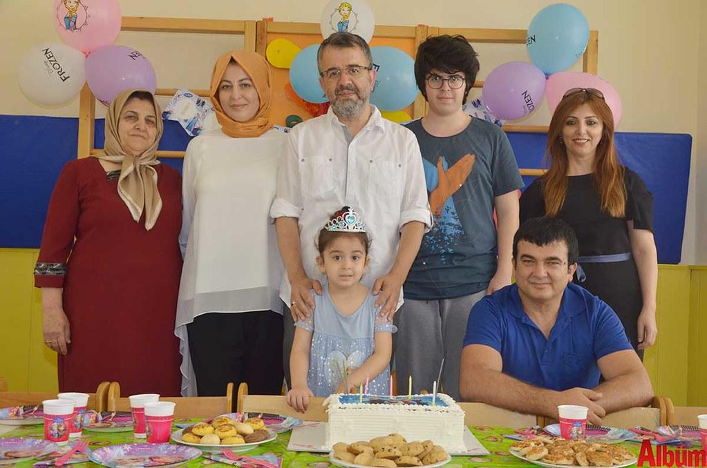 Ayşe Kiriş, Nesrin Kiriş Kesici, İbrahim Kesici, Elif Nisa Kesici, Emirhan Kesici, Nurgül Kiriş, Tufan Kiriş.