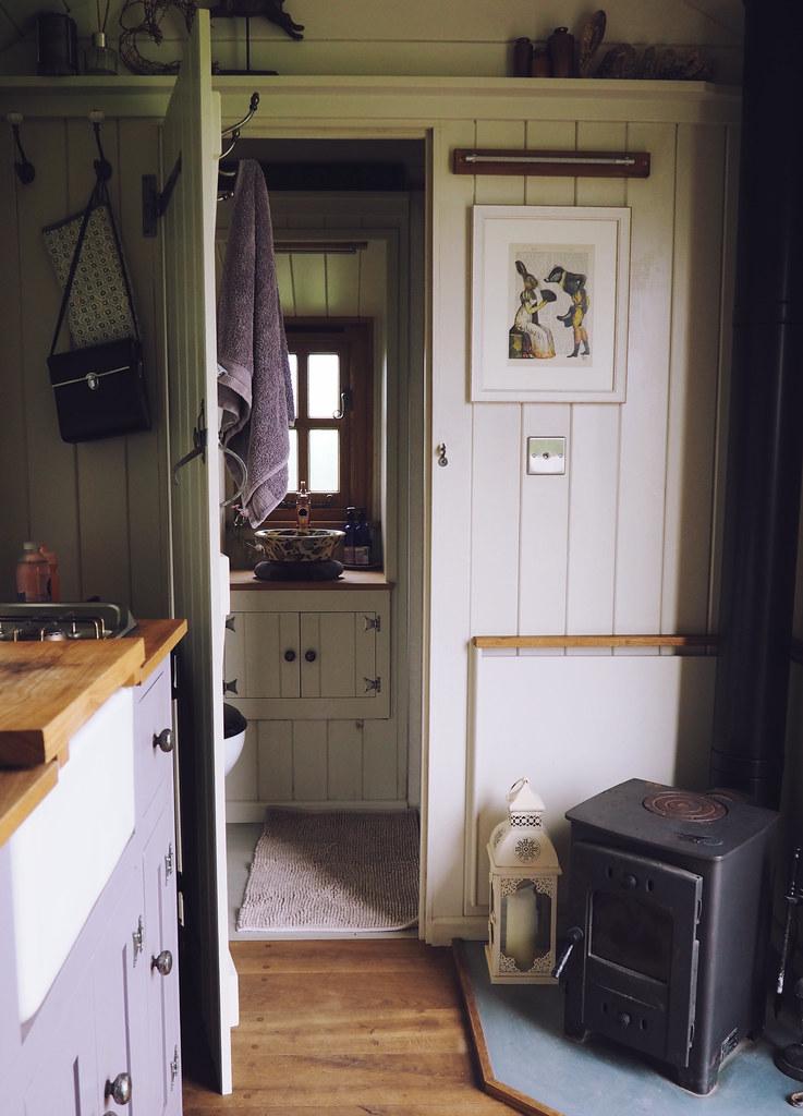 Plankbridge Shepherd's Hut, Colber Farm Happy Hare, canopy and stars, being little bristol travel lifestyle blog blogger lyzi hut interior wood burner