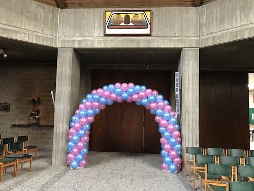 Ballonboog 6m Heilige Communie Kerk van de Nazarener Rotterdam