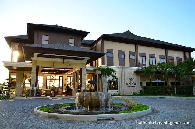 halfwhiteboy - anya resort tagaytay 01b