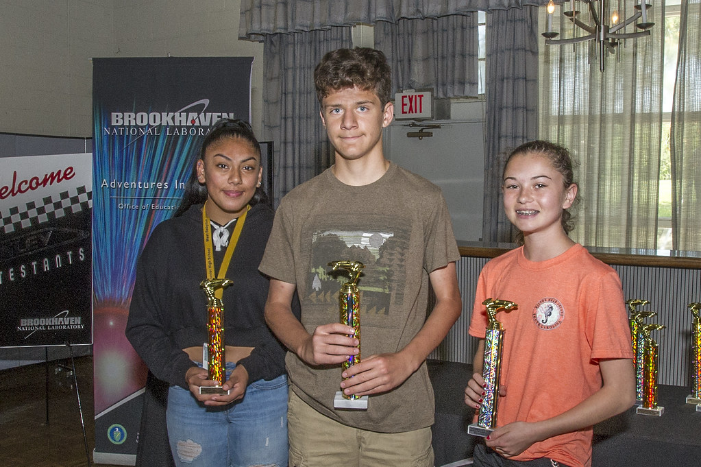 Students Across Long Island Race Maglev Vehicles Competing for Top Honors in Brookhaven Lab Contest