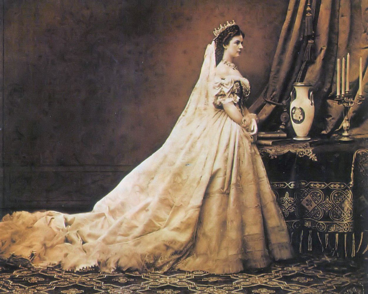 Photograph of Empress Elisabeth oF Austria in coronation dress as Queen of Hungary (by Emil Rabending, 1867)