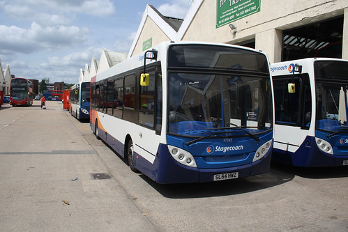 Stagecoach South 37265 SL64HWZ