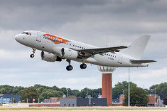LIL - Airbus A319-111 (G-EZEH) EasyJet