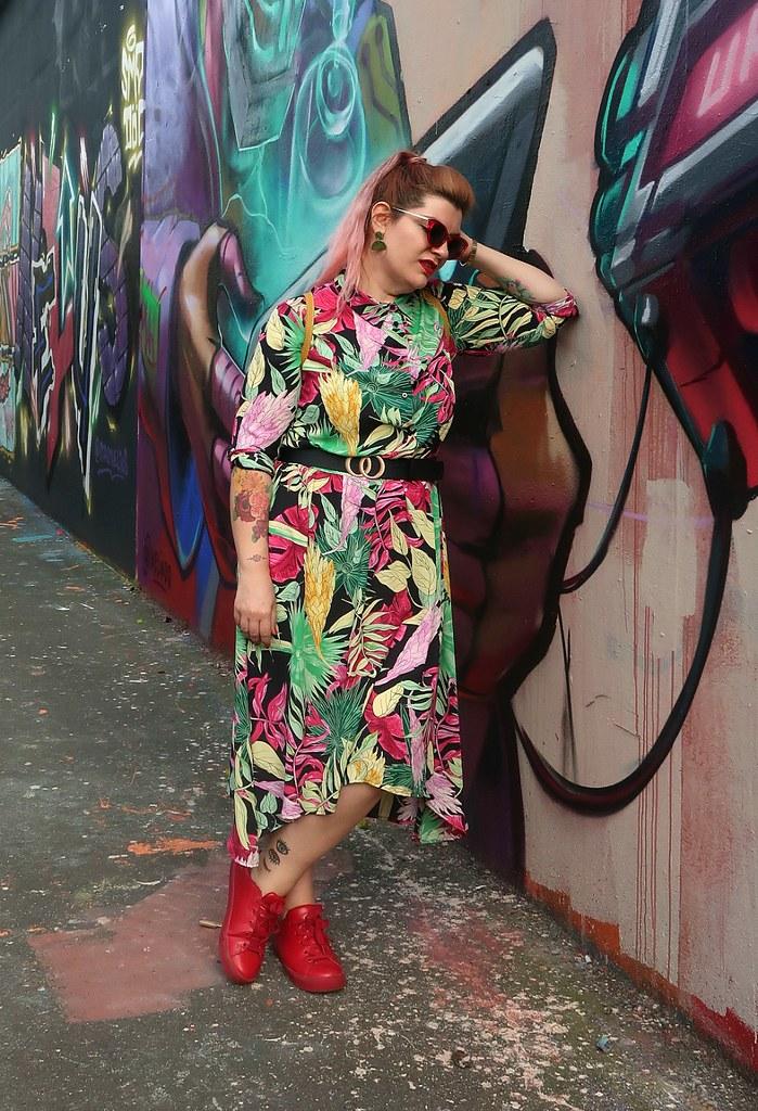 Outfit plus size floreale Monki (4)