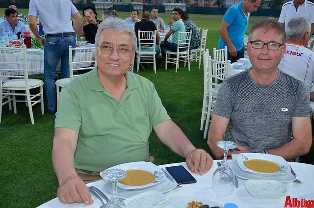 Servet Sipahioğlu, Ahmet Tunç
