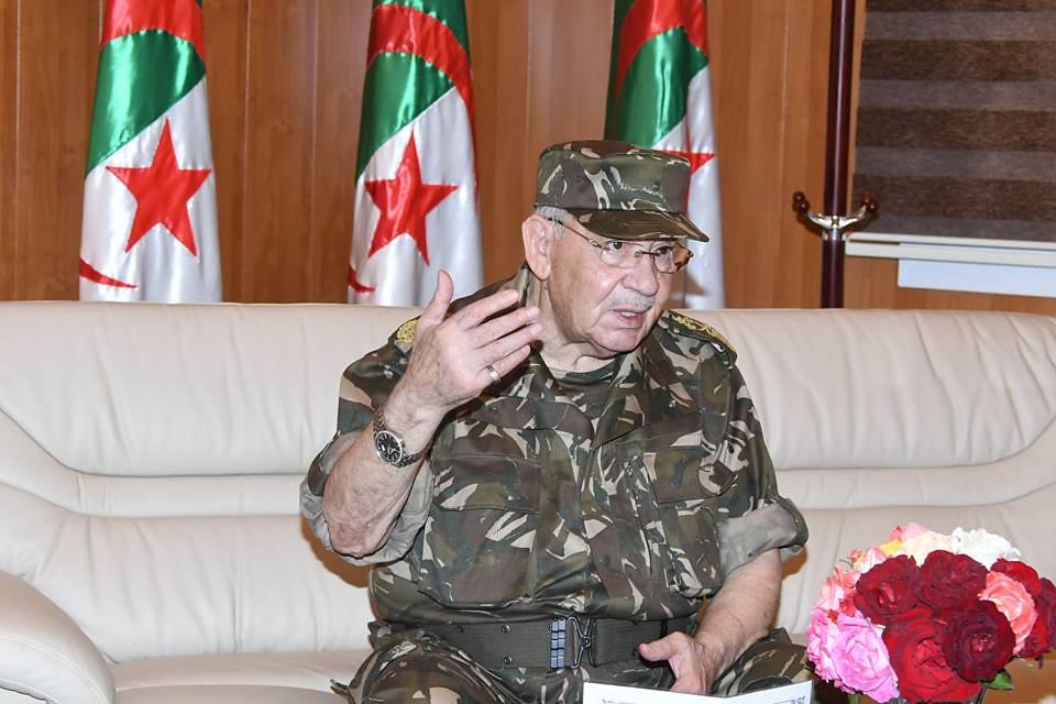 الجزائر : صلاحيات نائب وزير الدفاع الوطني - صفحة 22 27752969337_f07ac62182_b
