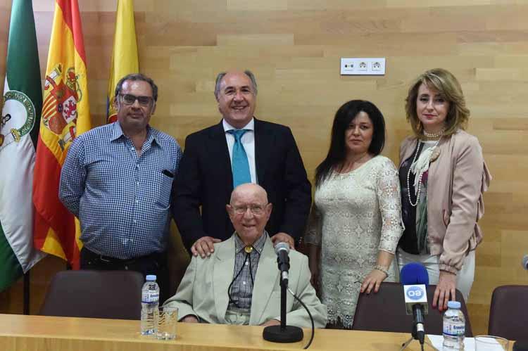 PRESENTACIÓN DEL LIBRO DE DE FLORES EL GADITANO EL PUEBLO DE LOS ALCALDES1