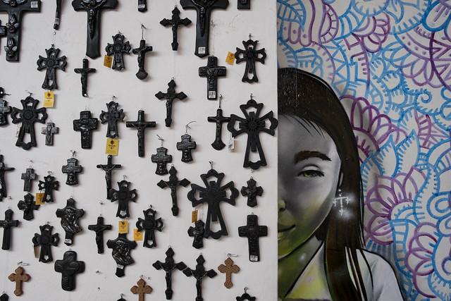 store-crosses-1275