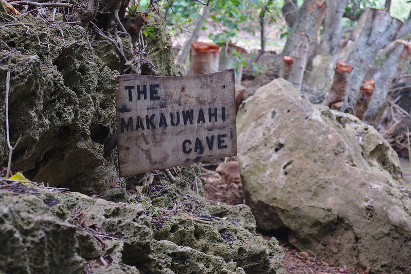 Makauwahi Cave sign