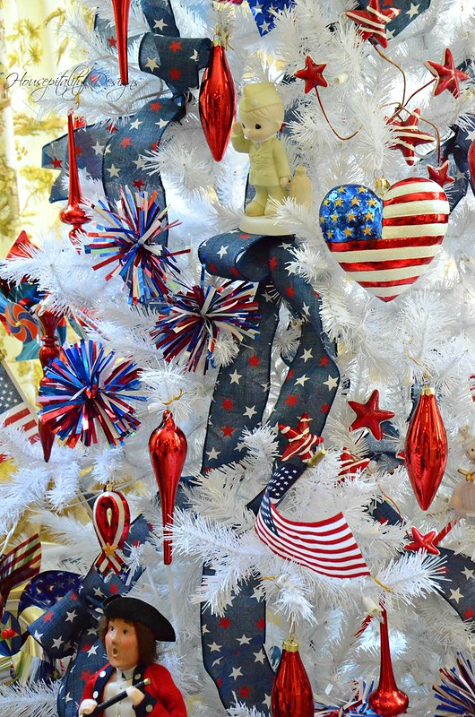 Patriotic Tree-Housepitality Designs-8