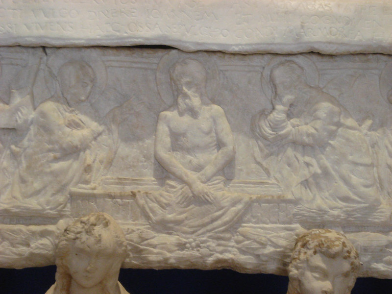 004-гробница Монтаперто (Пьета)