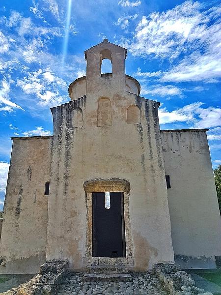1. Crkva Sv. Kriz, autorica Arleta Vidic