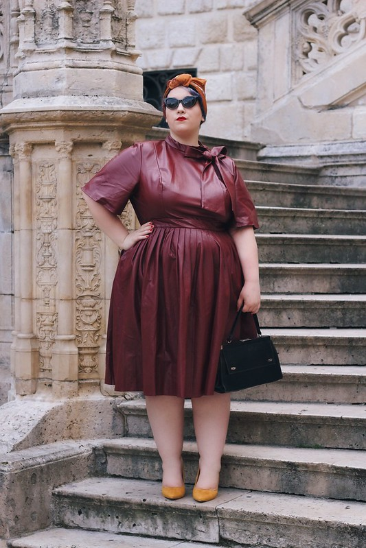 Madame - Big or not to big (16)