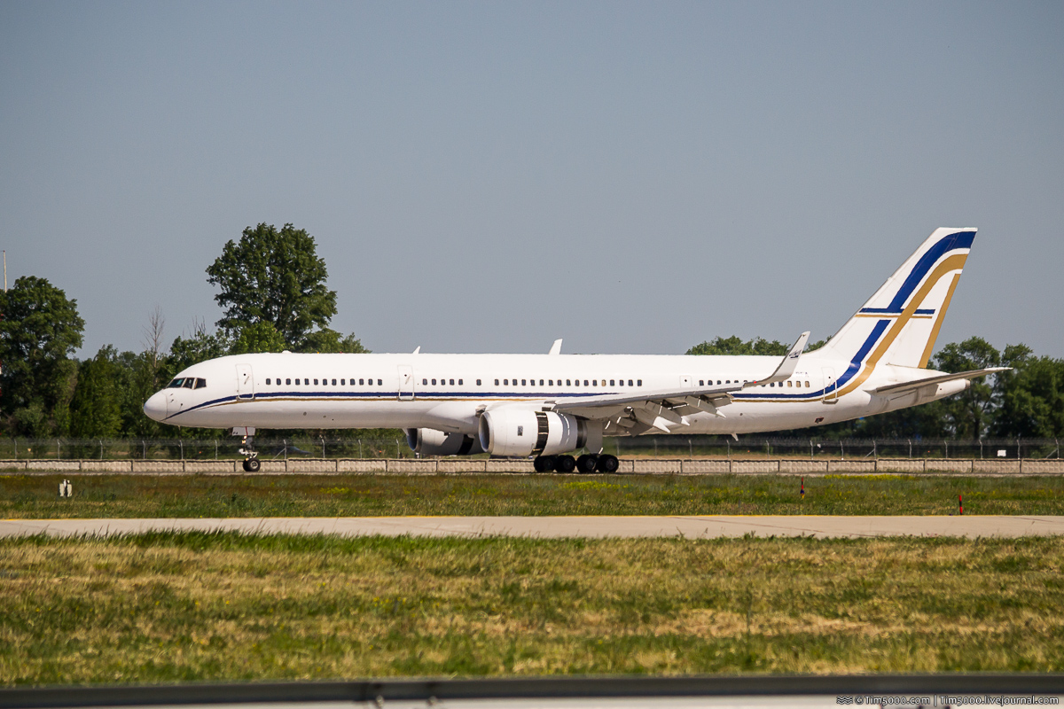 Boeing 757-200 SX-RFA GainJet Aviation