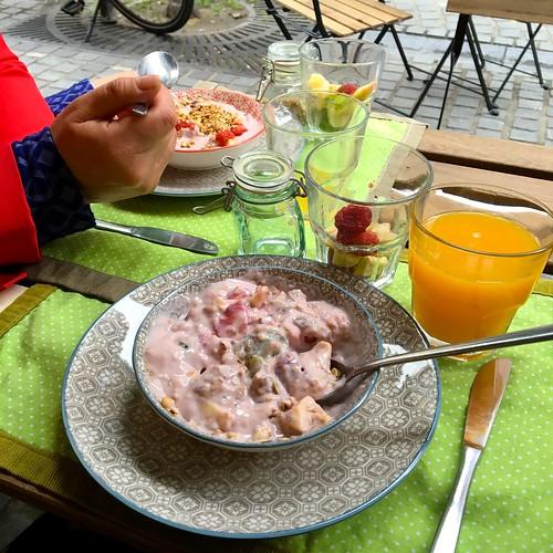 heerlijk & gezond verwenontbijtje bij T&Ko in Leuven