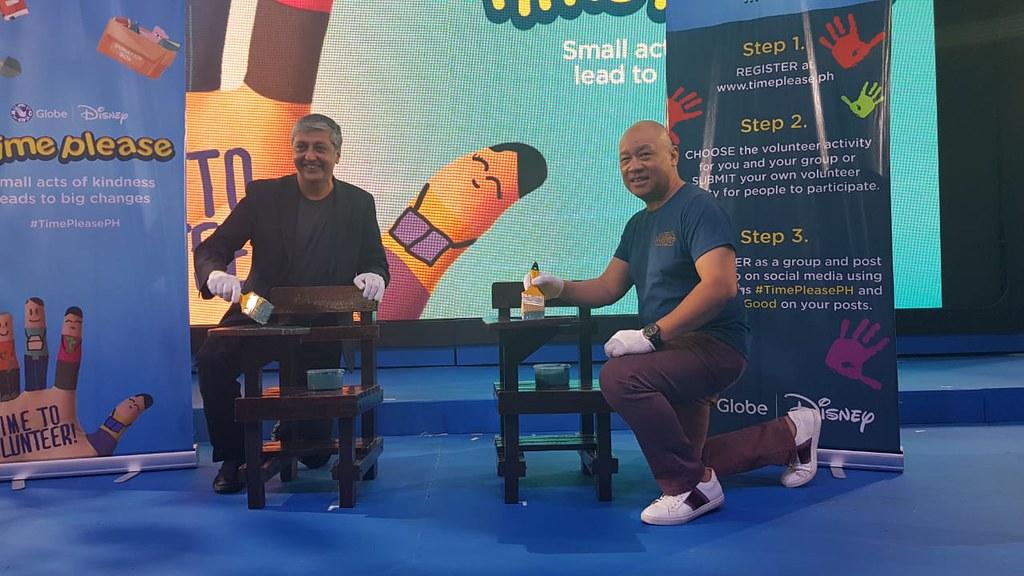 Mahesh Samat, EVP & Managing Director The Walt Disney Company South Asia and Ernest Cu, Globe President and CEO
