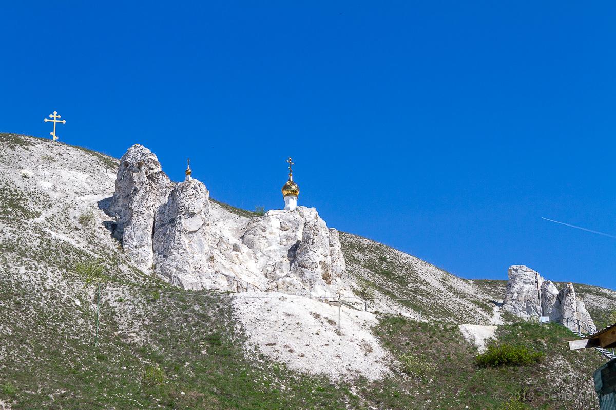 Пещерная церковь Дивногорского Свято-Успенского мужского монастыря фото 2