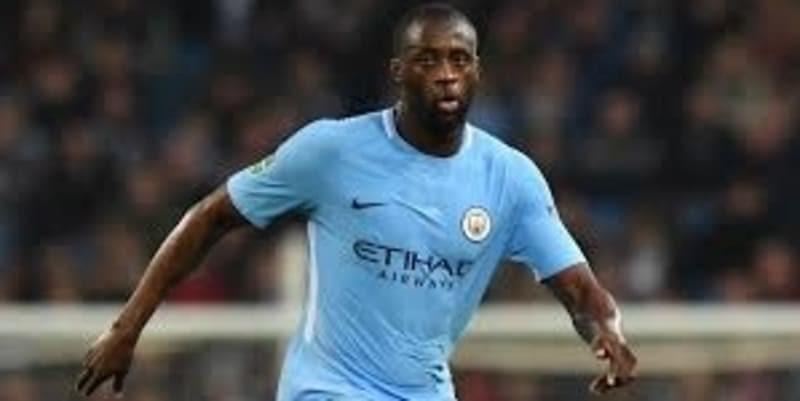http://cafegoal.com/berita-bola-akurat/yaya-toure-tuduh-guardiola-bersifat-rasis/