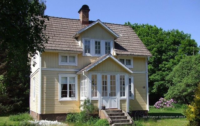 Gunnersbyvägen 19, Dalskog, Sweden., Fujifilm FinePix S100FS
