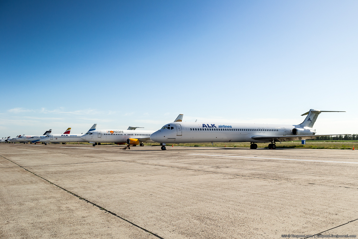 McDonnell Douglas MD-82 LZ-ADV ALK Airlines