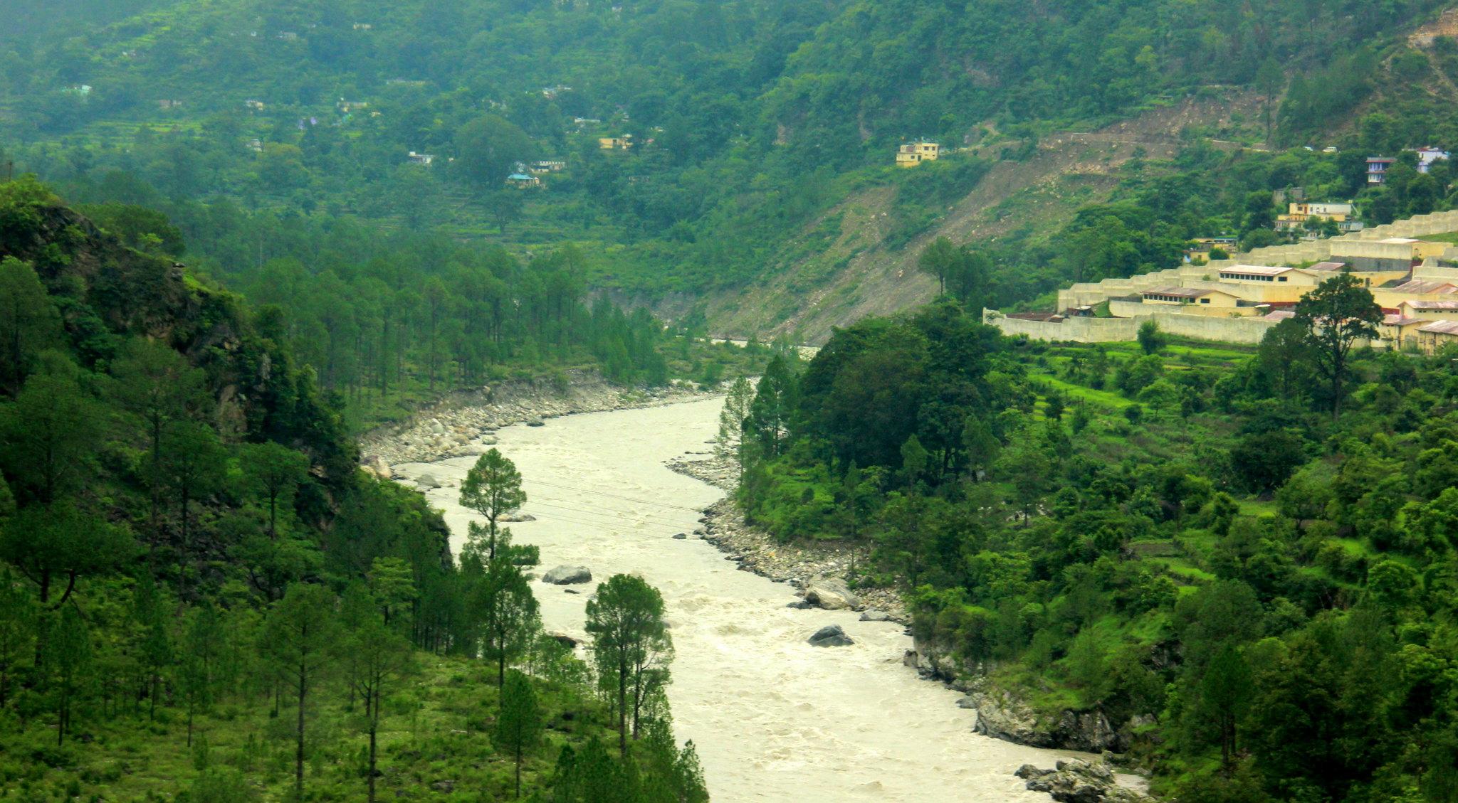 Many important Indian rivers confluence at uttarakhand prayags