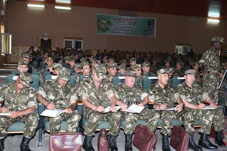الجزائر : صلاحيات نائب وزير الدفاع الوطني - صفحة 22 41903546814_bec4ee04fd_b