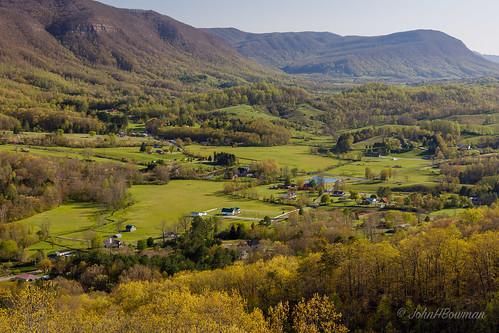 virginia wisecounty powellvalley virginiamountains mountainviews countryroads fencesgates spring october2018 may 2018 canon24704l
