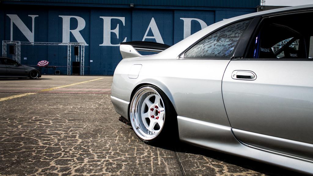 Nissan R33 GTR