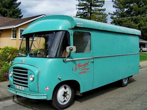 58-Citroen-van-store-left-side