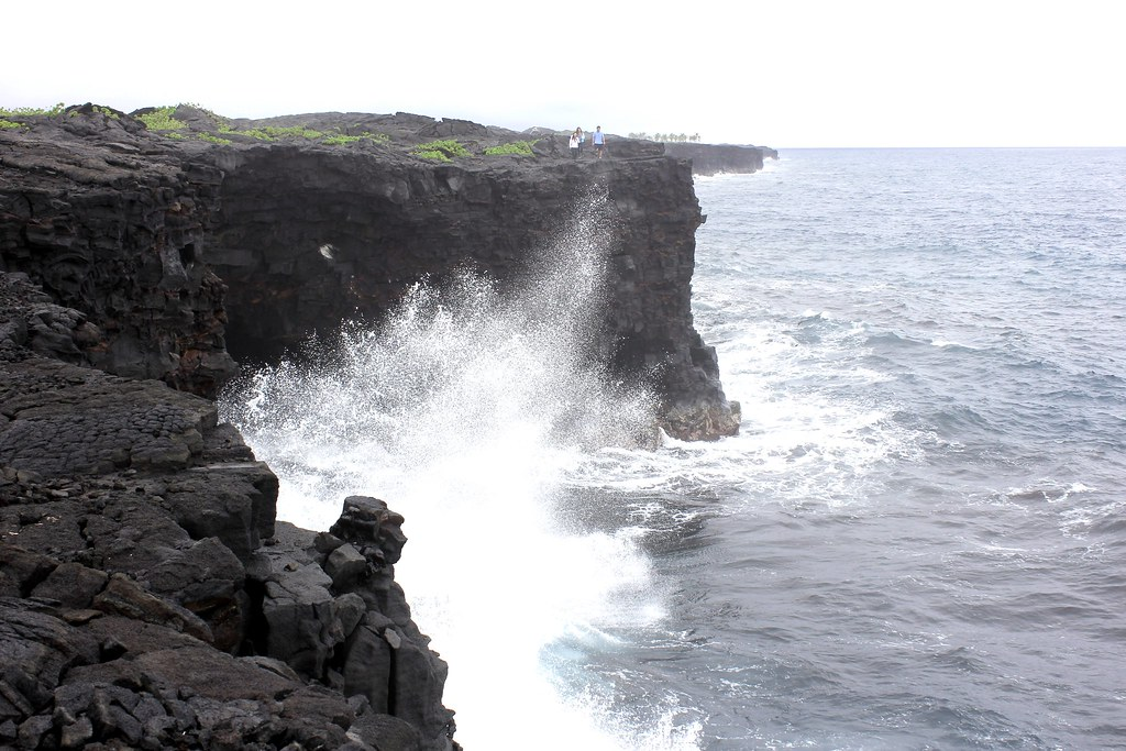 Angy-Hawaiian-Lava-Coastline-Unseen-Side-Of-Hawaii