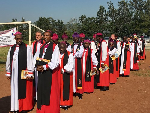 Bishops from Rwanda and elsewhere at the enthronement of Archbishop Laurent Mbanda as Primate of Rwanda