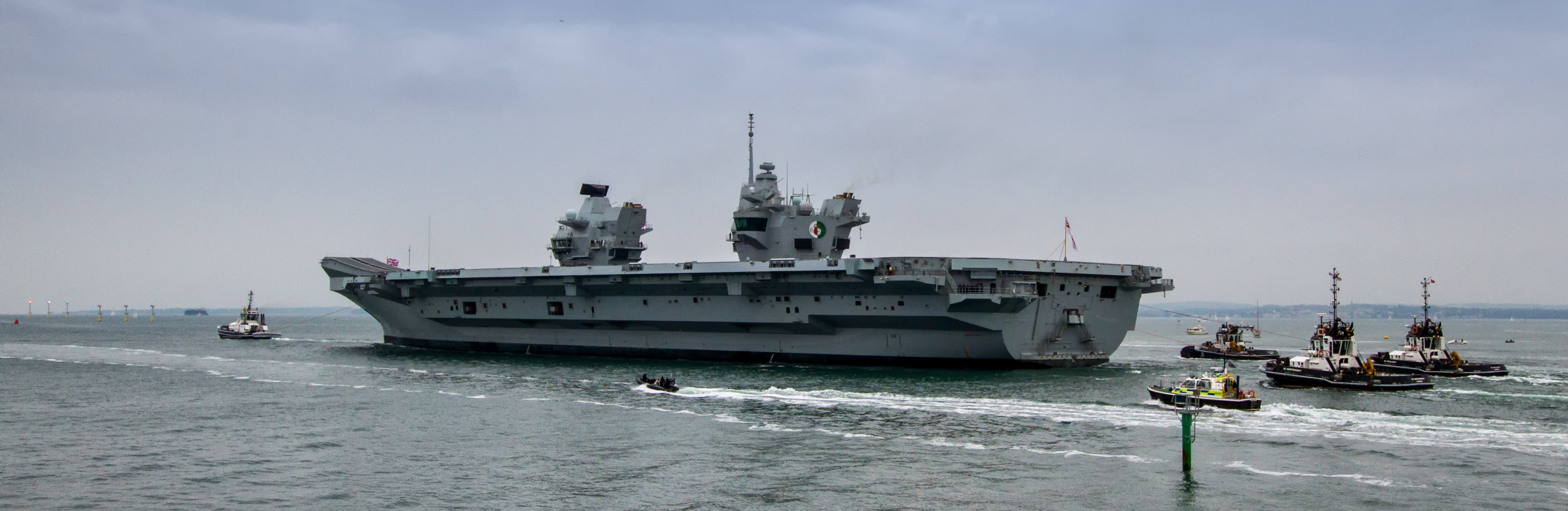 Aircraft Carrier (HMS Queen Elizabeth & HMS Prince of Wales) - Page 25 42709038801_820ed4507e_o