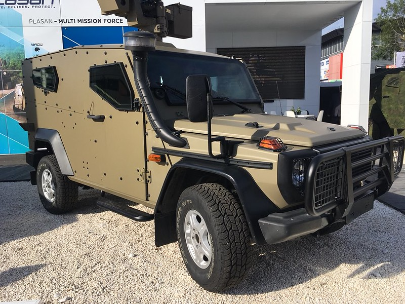 Mercedes-G-wagen-armoured-eurosatory-2018-wf-1
