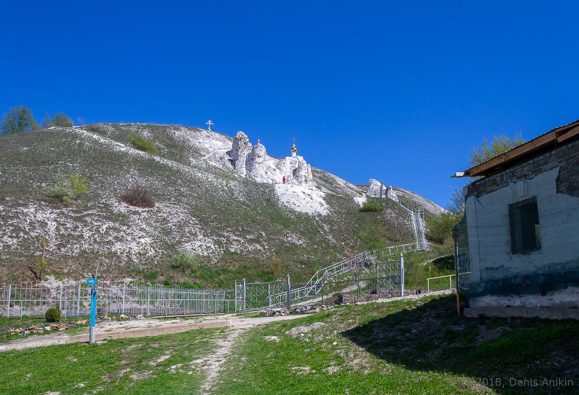 Пещерная церковь Дивногорского Свято-Успенского мужского монастыря фото 1