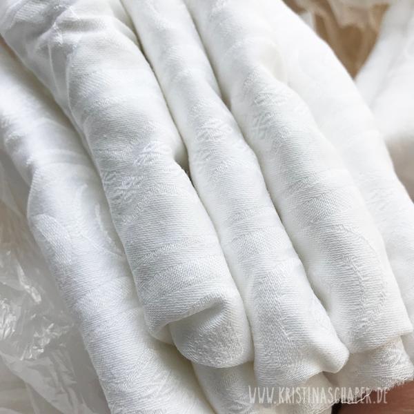 Dyeing_fabrics_9139.jpg