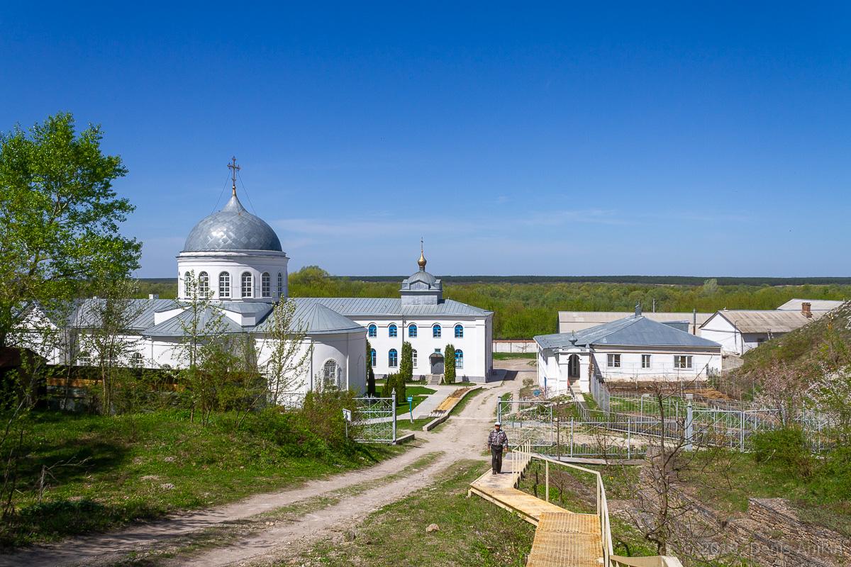 Дивногорский Свято-Успенский монастырь фото 3