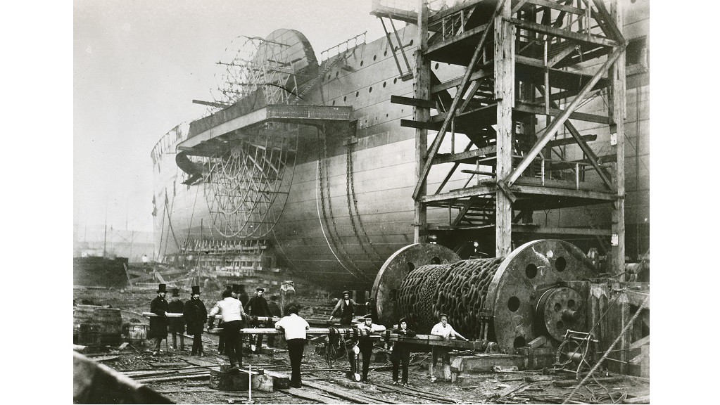 Construction of the Great Eastern steamship, 1855-1857 (HOLLINGWORTH E/24)