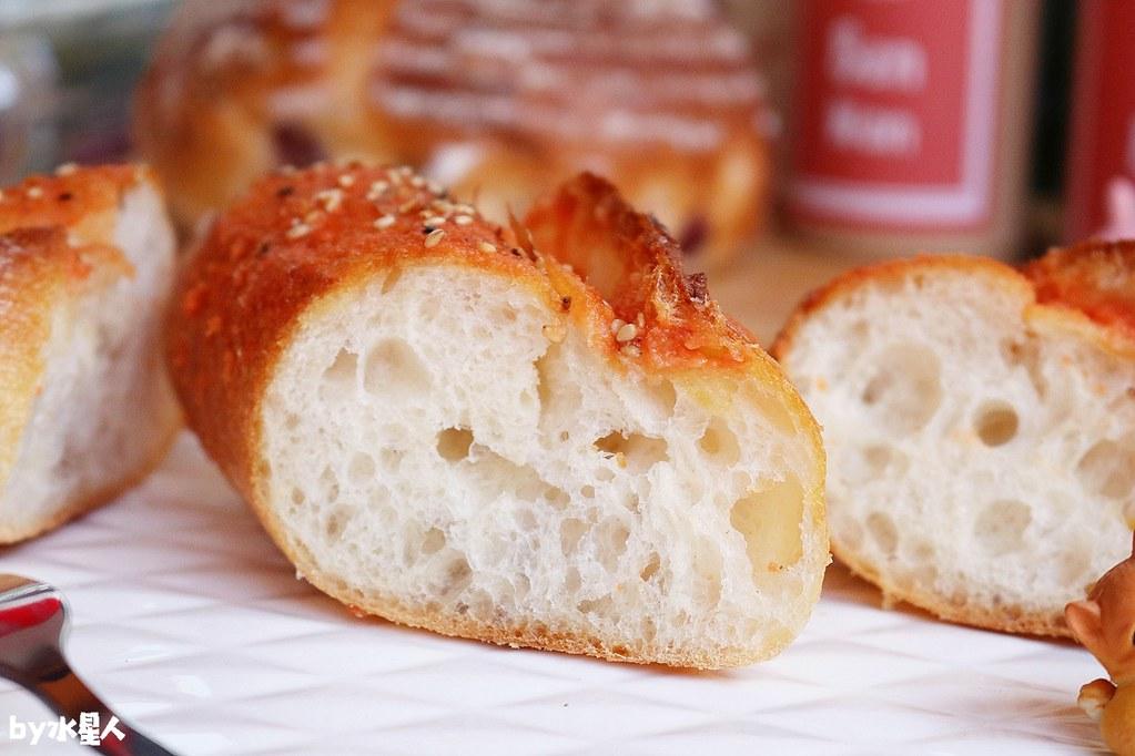 41567893505 292cb68f7d b - 熱血採訪|本丸麵包,每日手感烘焙新鮮出爐,大推爆滿蔥仔胖、明太子法國麵包