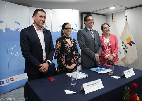 Firma del Convenio Marco para fortalecer la atención integral en salud de niños, niñas y adolescentes Salud-MinEduc