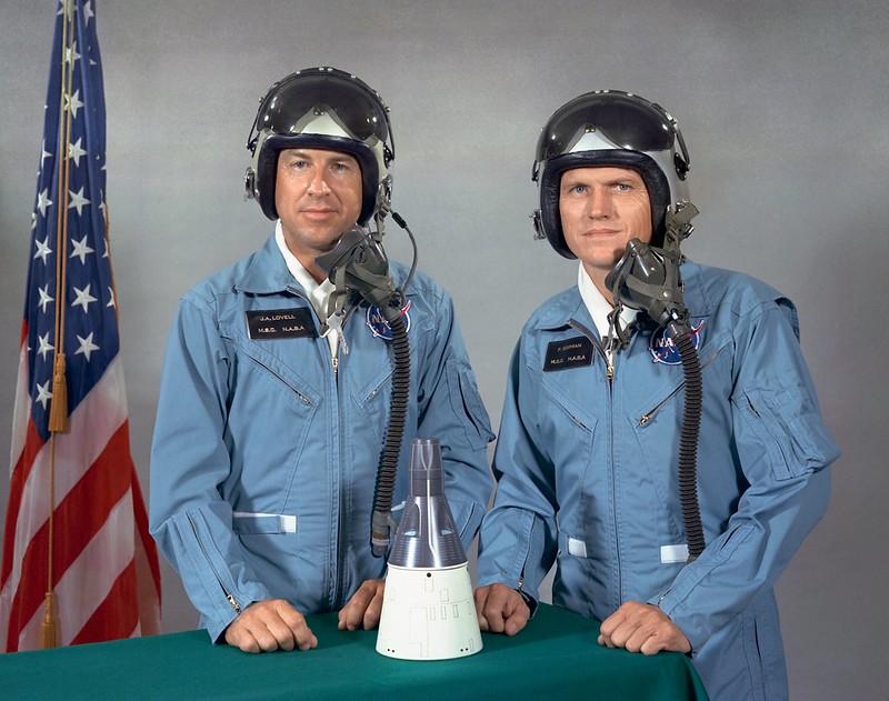 Как астронавты в космосе обосра..сь