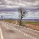 24. Märts 2018 - 11:55 - Las Cuatro Torres vistas desde la carretera de Cobeña.   MIS ALBUMNES  OTRA FORMA DE VER MI GALERIA. Mira todas mis fotos y amplia la que quieras  MIS FOTOS MÁS POPULARES SEGÚN VUESTRO CRITERIO.  Puedes seguirme en 500px.com/pabloarias  Y ahora también en FACEBOOK   Instagram  GOOGLE PLUS    *   * Mis blogs: Un valle llamado Madrid                   y Fracciones de segundo * PORTFOTOLIO  NUEVA MINI GALERIA