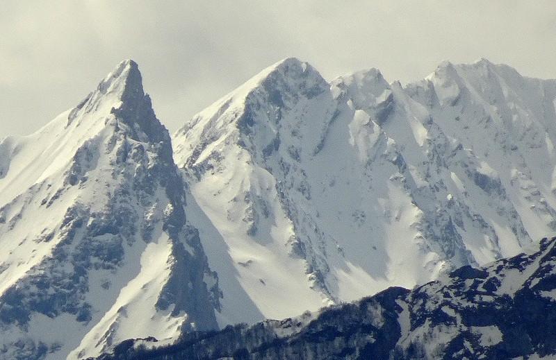 Ô montagnes d'azur