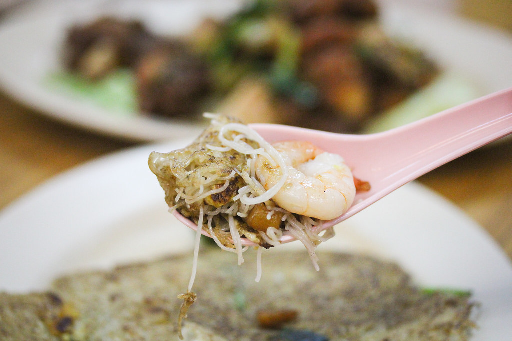 Hao Kee Seafood Deluxe Chao Tar Bee Hoon (On Spoon)